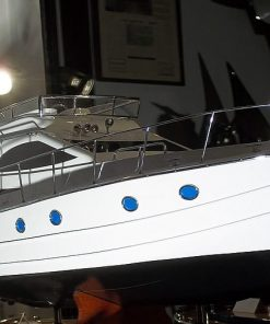 modellino yacht in scala