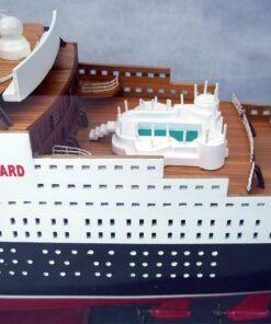 modellino Queen Mary 2