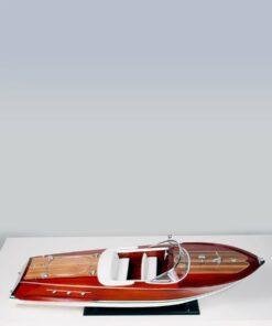 modellino motoscafo