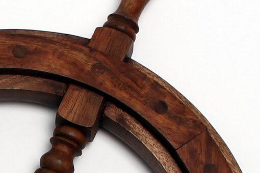 Timone in legno (arredamento)