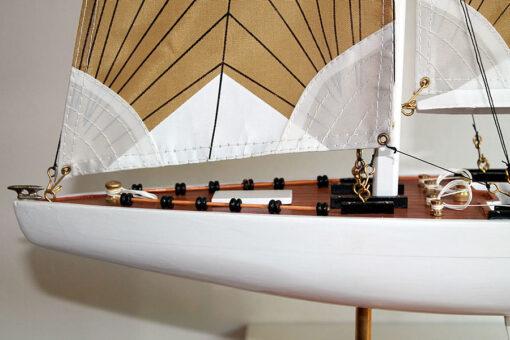 Modellino Barca a vela America 3