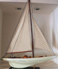 sailboat Columbia